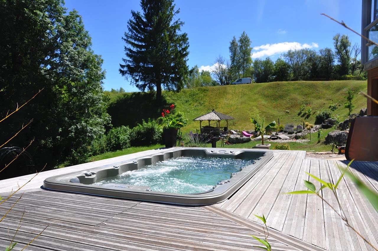 Spas de nage a la roche sur foron spa de nage a for Piscine bonneville